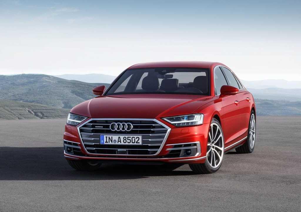 Огляд автомобіля Audi A8 2018 року