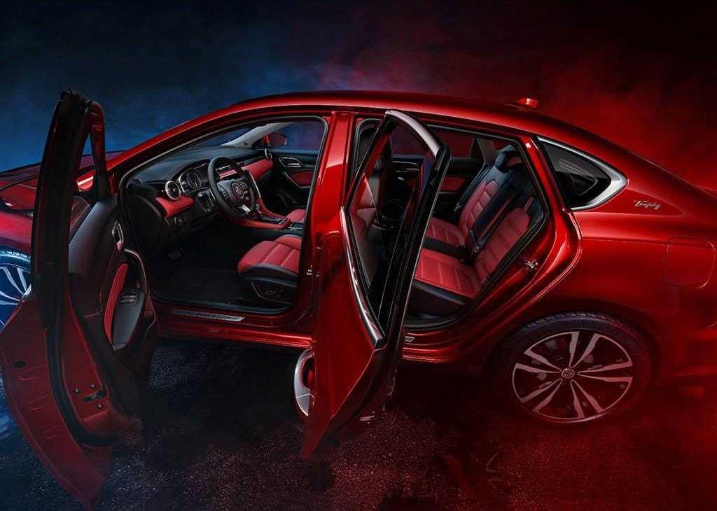 Огляд автомобіля MG 6 2018 року