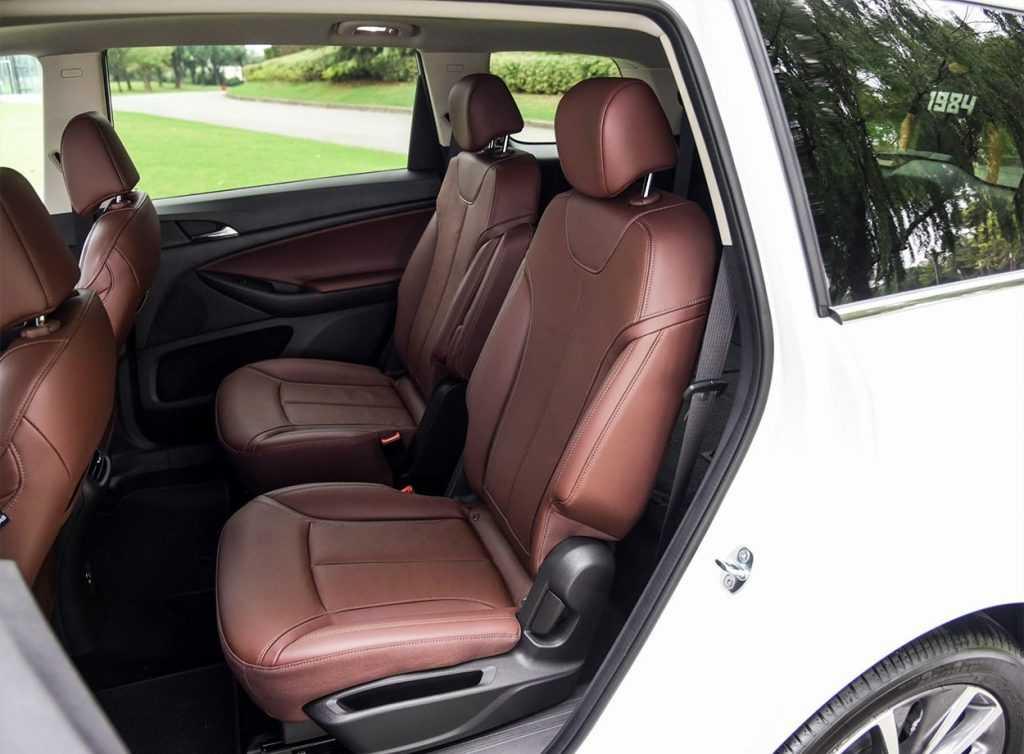 Огляд автомобіля Buick GL6 2017-2018
