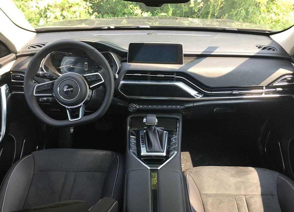 Огляд автомобіля Zotye T500 2018 року