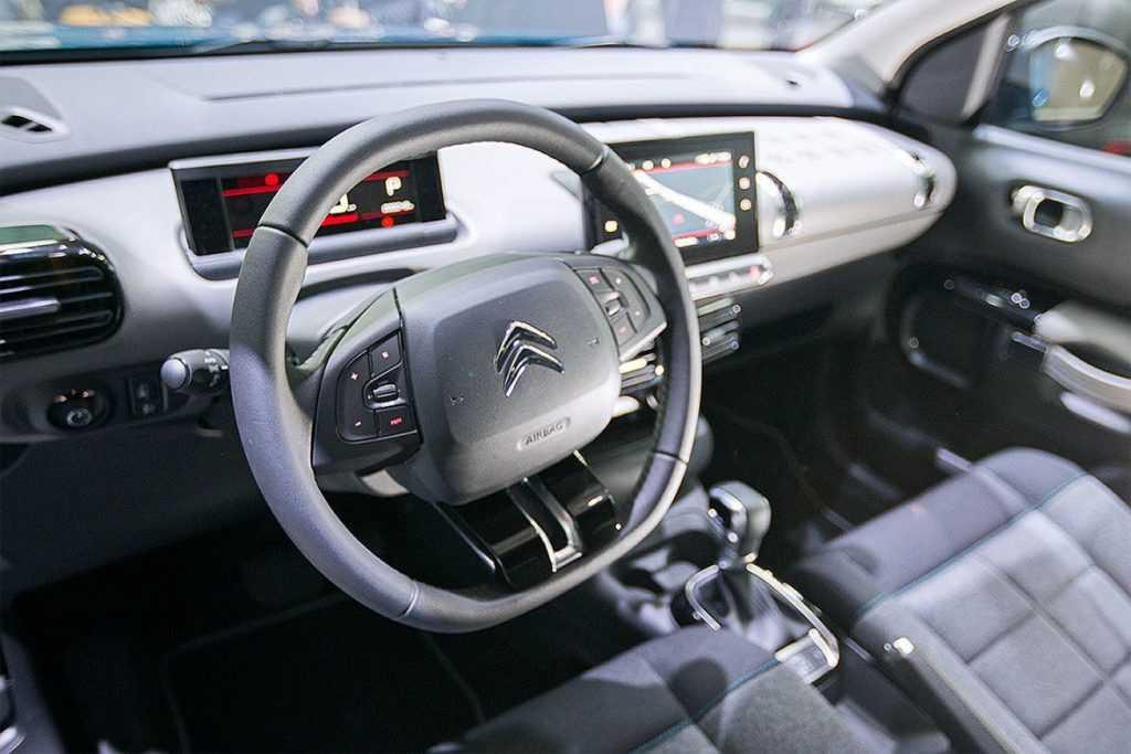 Огляд автомобіля Citroen C4 Cactus 2018 – 2019 року