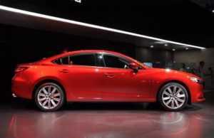 600 Огляд автомобіля Mazda 6 2018 - 2019 року