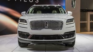 739 Огляд автомобіля Lincoln Nautilus 2018 - 2019 року