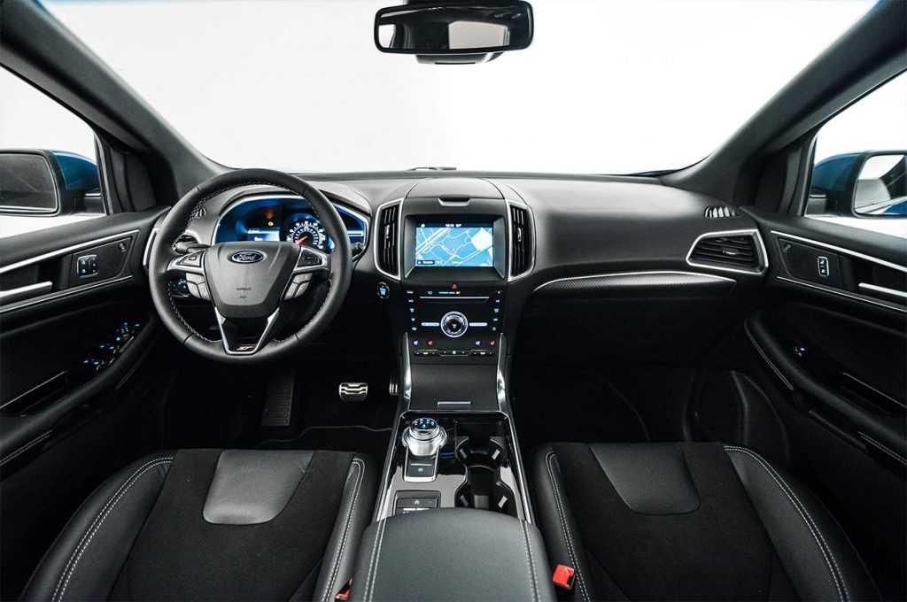 Огляд автомобіля Ford Edge 2019