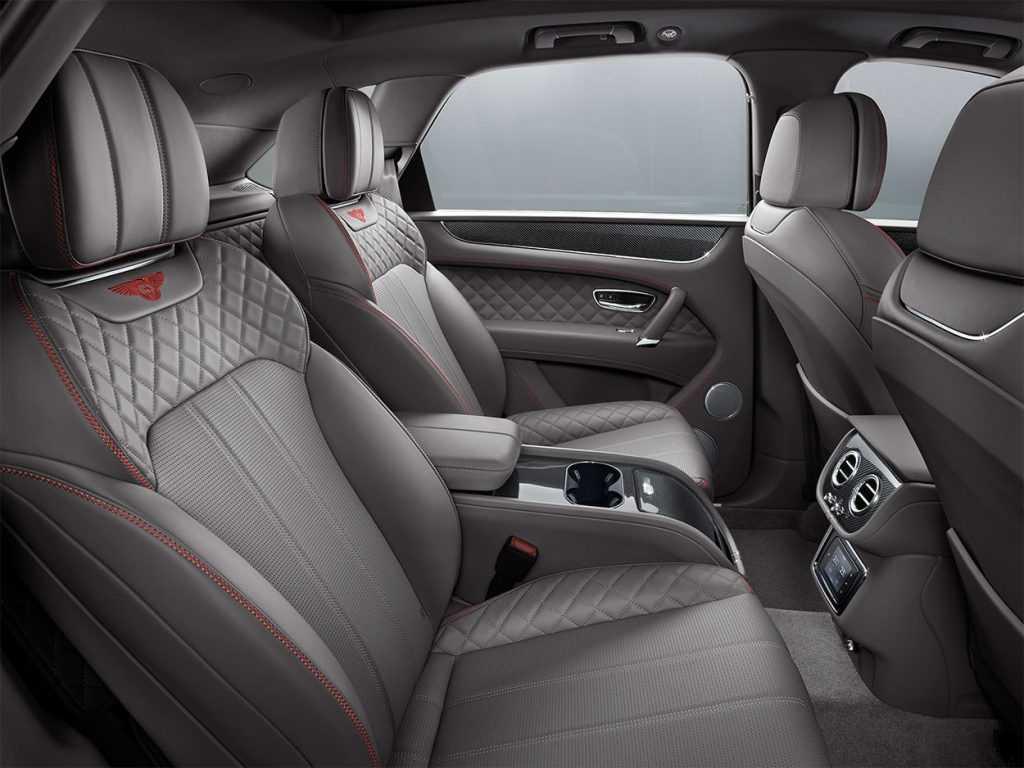 Огляд автомобіля Bentley Bentayga V8 2018 – 2019