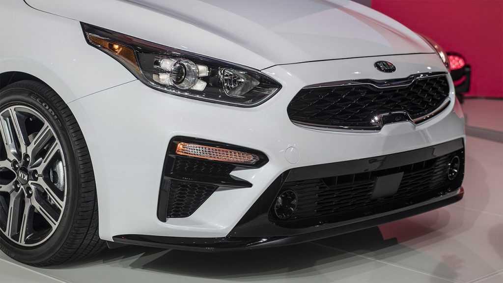 Огляд автомобіля Kia Forte (Cerato) 2019