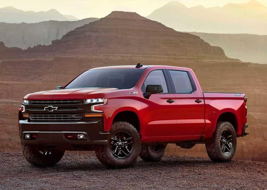 Огляд автомобіля Chevrolet Silverado 2018