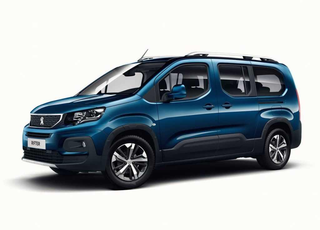 Огляд автомобіля Peugeot Rifter 2019 року