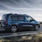 1334 Огляд автомобіля Peugeot Rifter 2019 року