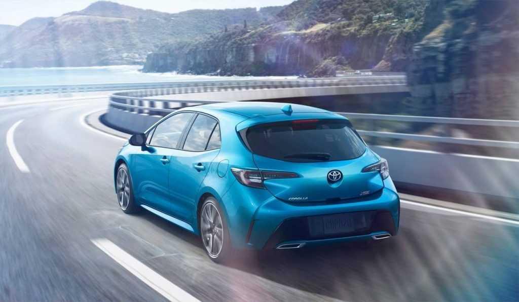 Огляд автомобіля Toyota Corolla Hatchback 2019