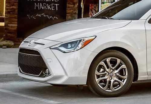 Огляд автомобіля Toyota Yaris Sedan 2019