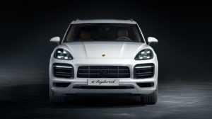 1880 Огляд автомобіля Porsche Cayenne E-Hybrid 2018