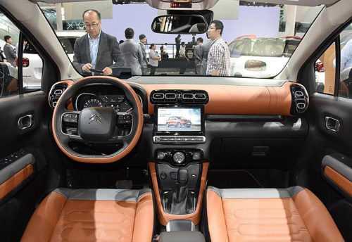 Огляд автомобіля Citroen C4 Aircross 2018