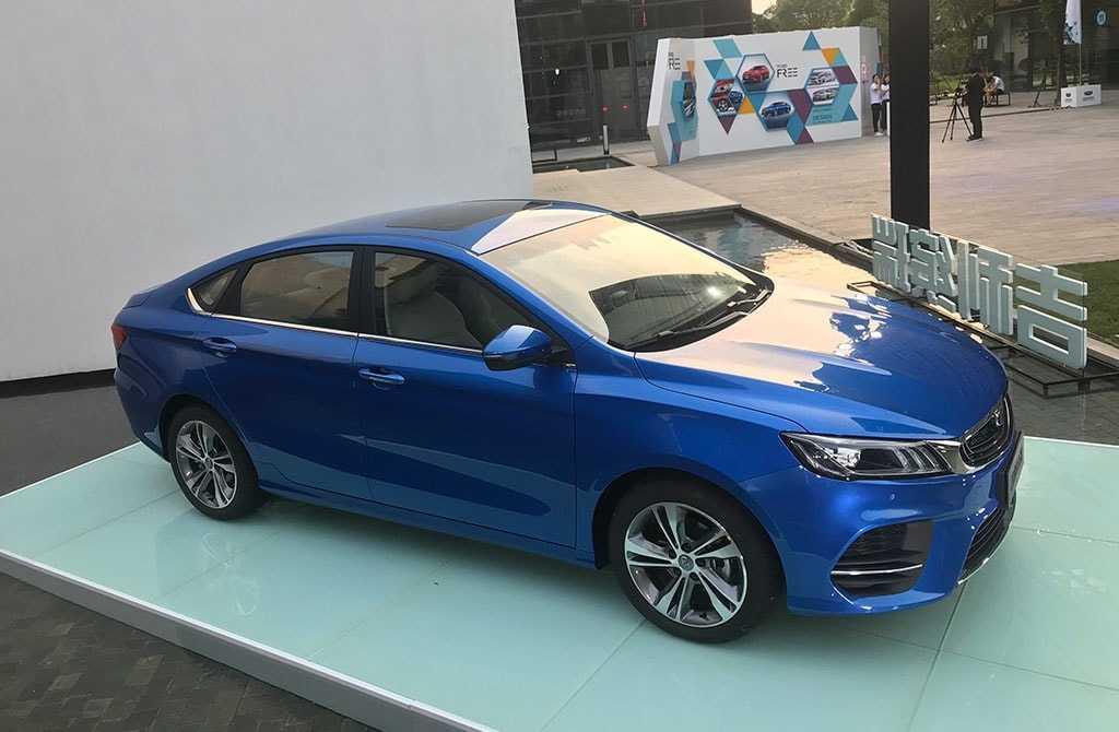 Огляд автомобіля Geely SL 2018 – 2019