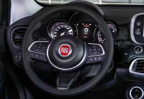 Опис автомобіля Fiat 500X 2019
