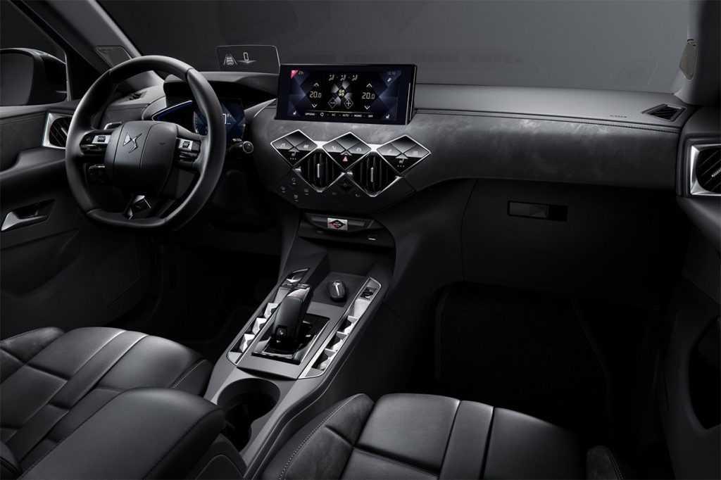 Опис автомобіля DS 3 Crossback 2019 – 2020