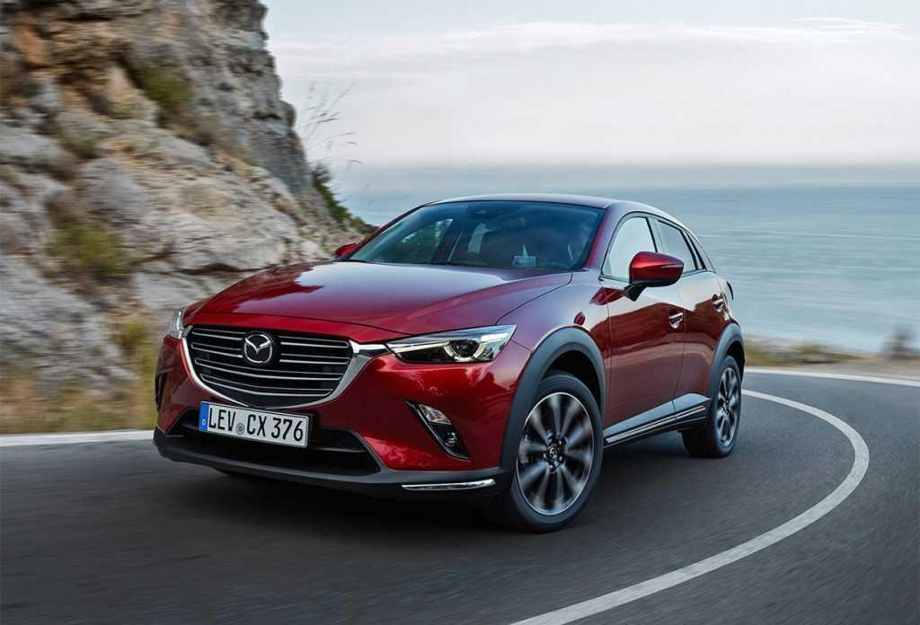 2638 Опис автомобіля Mazda CX-3 2019 - 2020