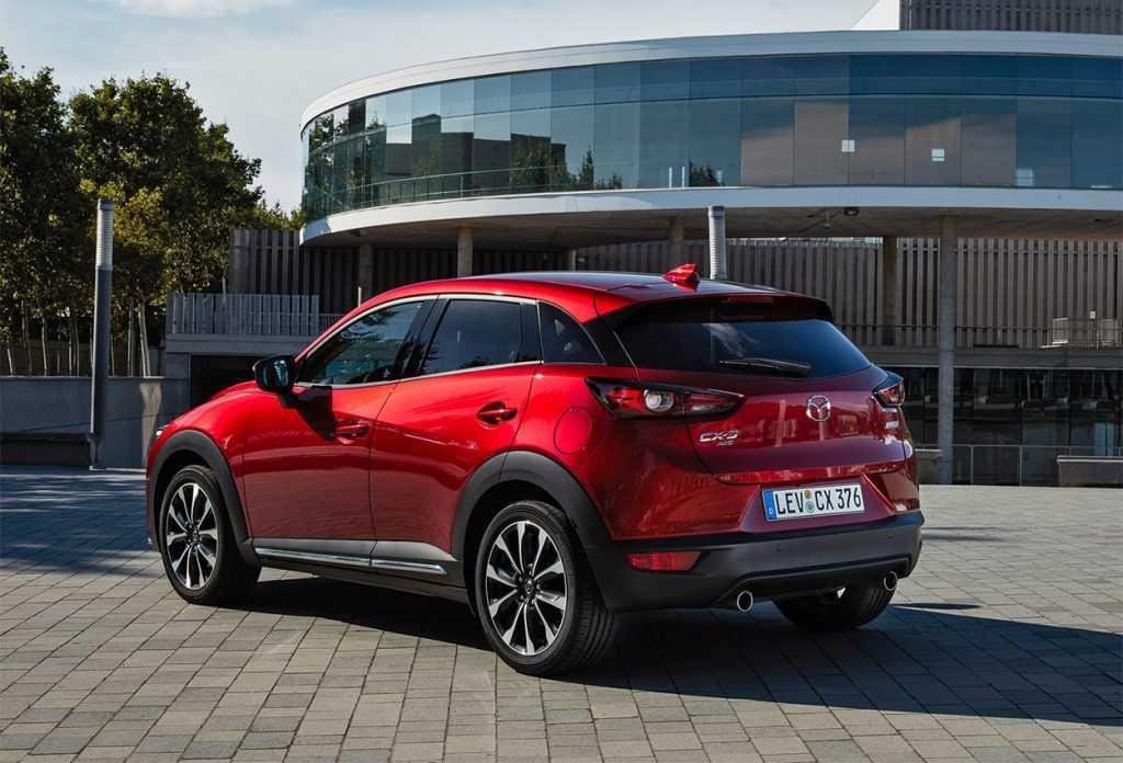 Опис автомобіля Mazda CX-3 2019 – 2020