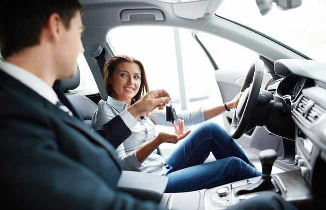 2619 Як перевірити новий автомобіль в дилерському центрі?