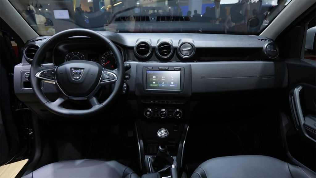 Опис автомобіля Dacia Duster 2019
