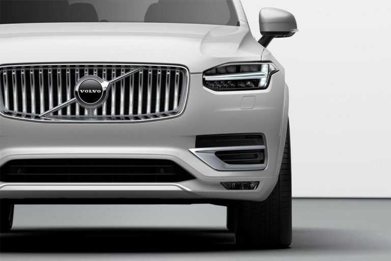 Опис автомобіля Volvo XC90 2020 – 2021