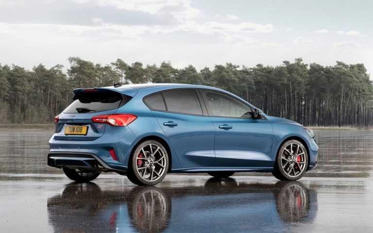 3456 Опис автомобіля Ford Focus ST 2019 - 2020