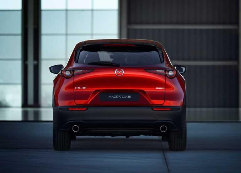 Опис кросовера Mazda CX-30 2019 – 2020