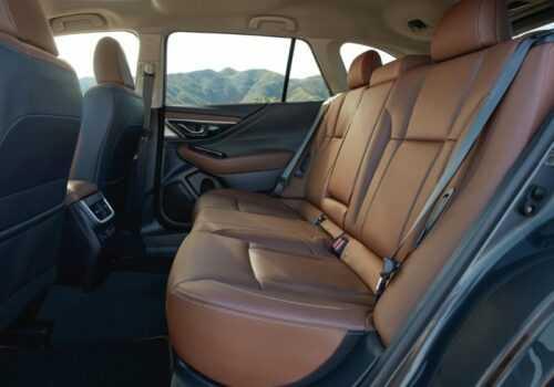 Опис автомобіля Subaru Outback 2020