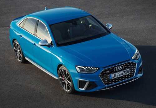 3770 Опис автомобіля Audi S4 2020