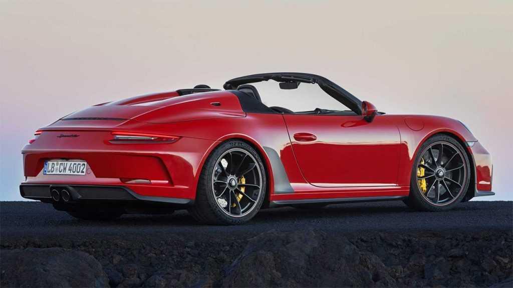 Опис автомобіля Porsche 911 Speedster 2019