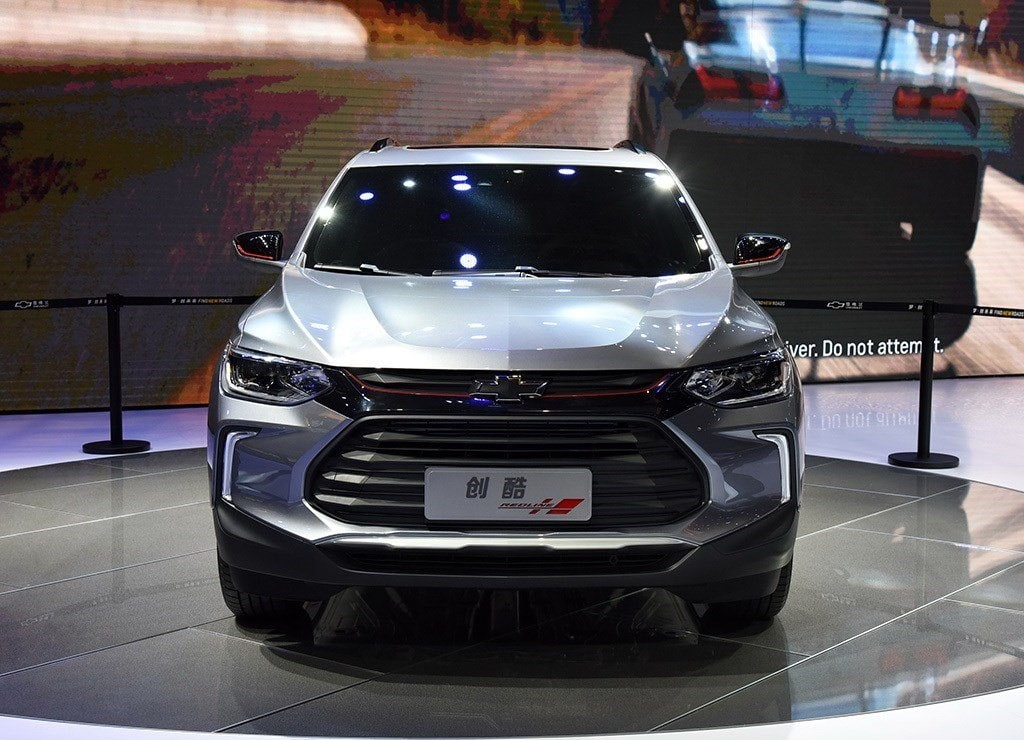 4060 Опис автомобіля Chevrolet Tracker 2019 - 2020