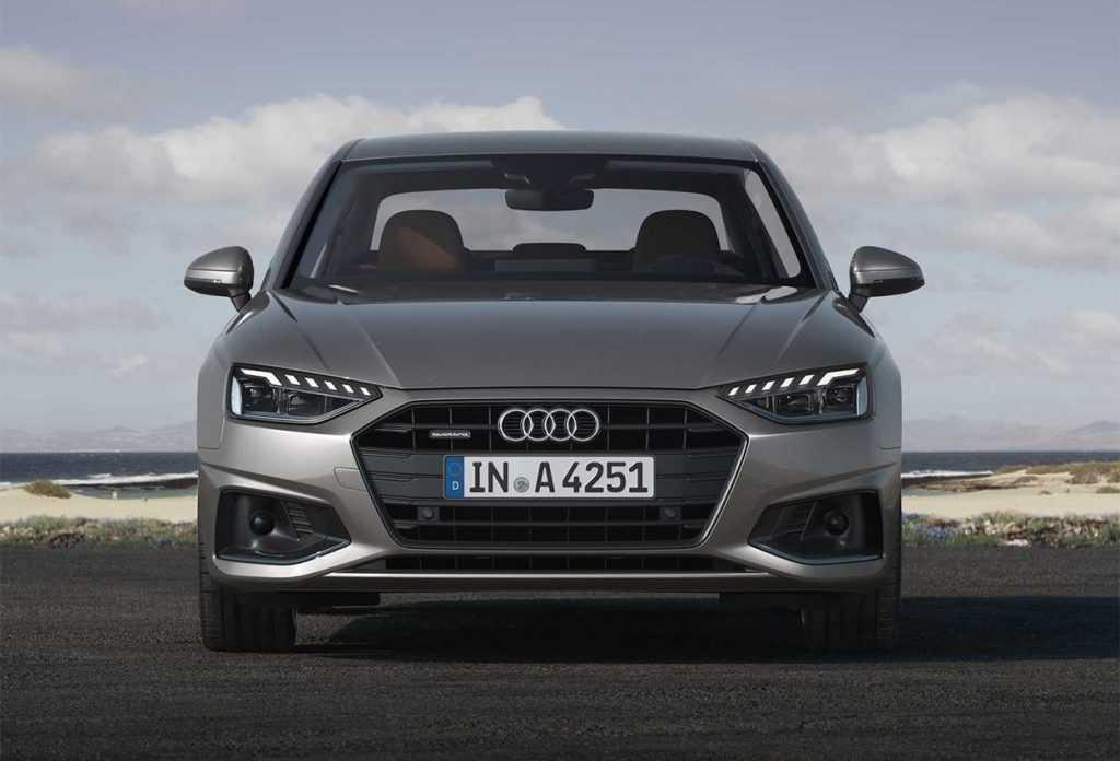 Опис автомобіля Audi A4 2019 – 2020