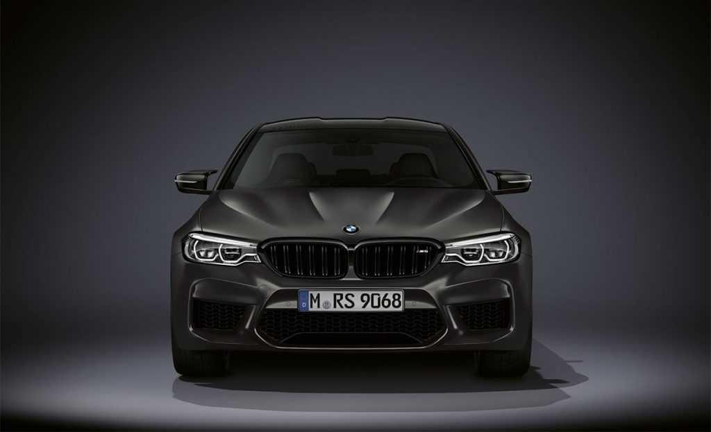 4000 Опис автомобіля BMW M5 Edition 35 Years 2019 - 2020