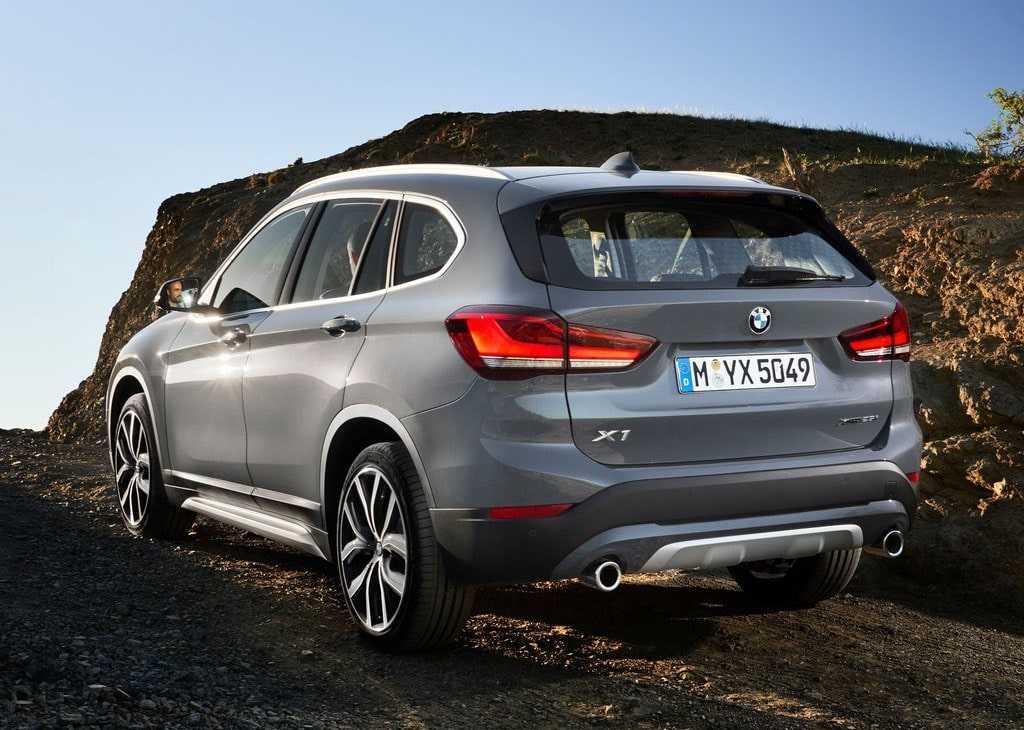 Опис автомобіля BMW X1 2019 – 2020