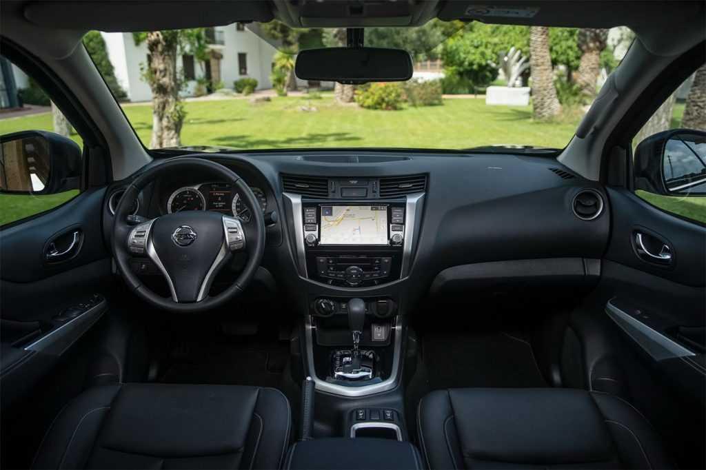 Опис автомобіля Nissan Navara 2019 – 2020