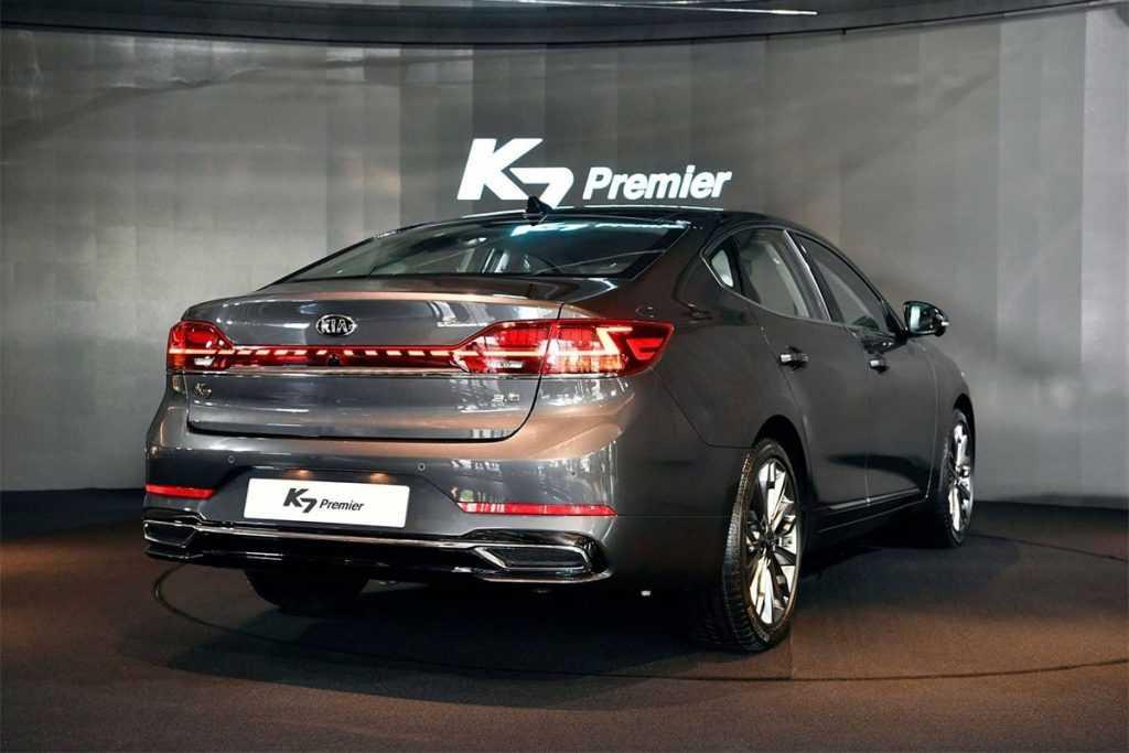 Опис автомобіля Kia K7 Premier 2019