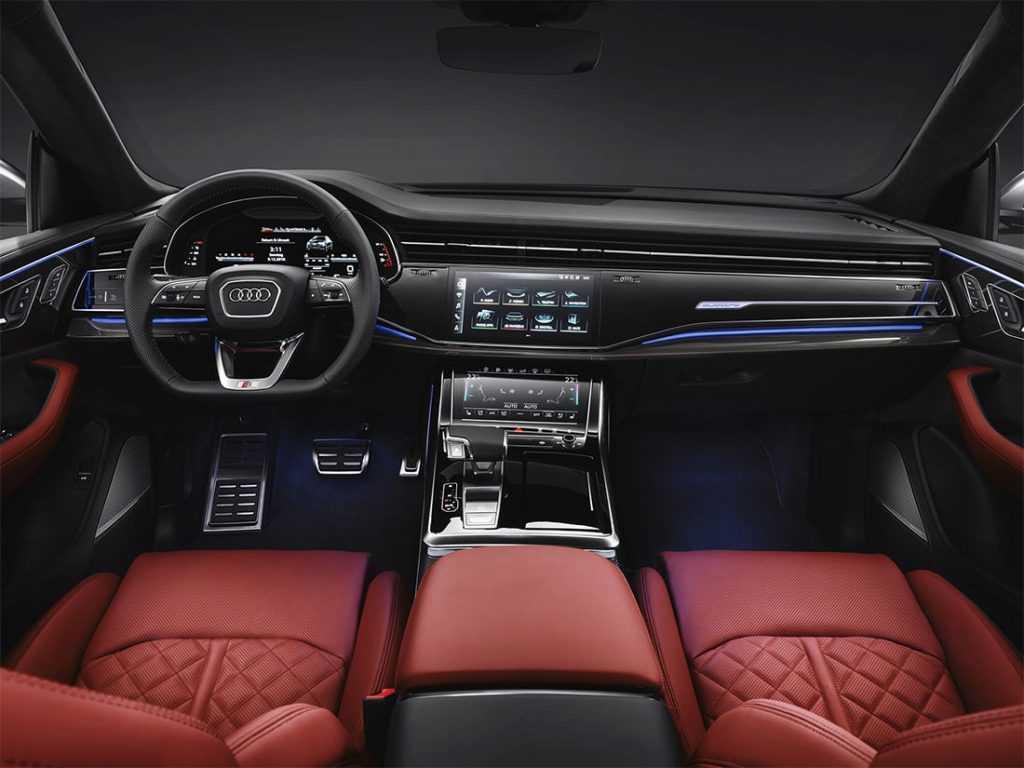 Опис автомобіля Audi SQ8 2019