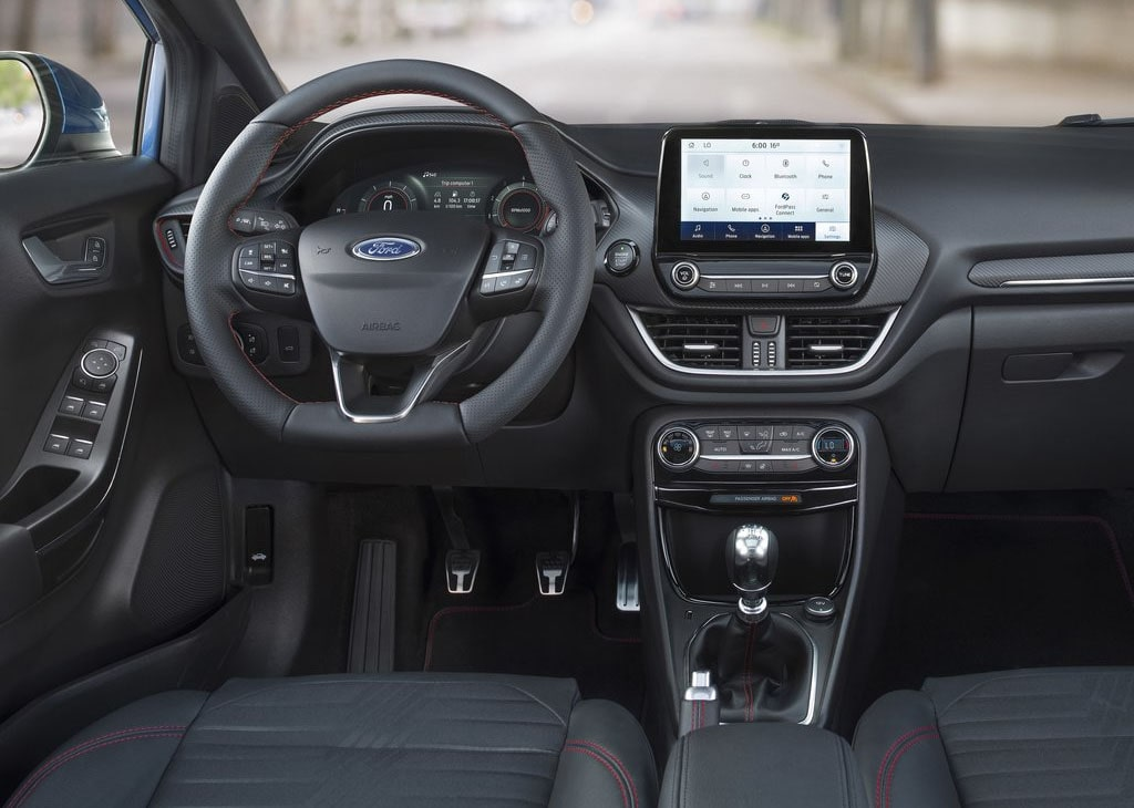 Опис автомобіля Ford Puma 2019
