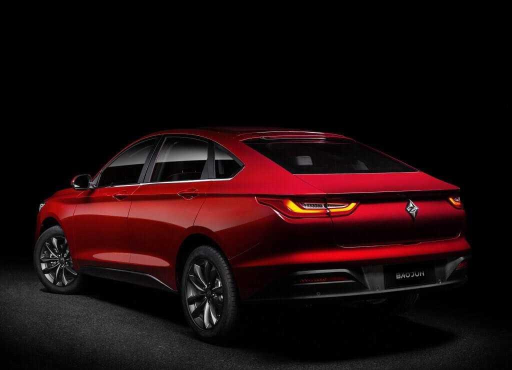 4259 Опис автомобіля Baojun RC-6 2019 - 2020