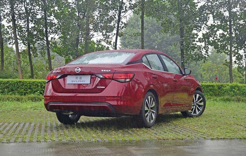 Опис автомобіля Nissan Sylphy 2019 – 2020