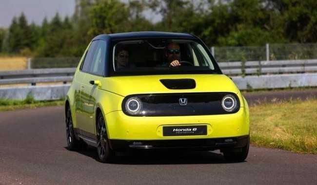 4444 Электрический Honda e: стремление к идеальному сити-кару. Honda E