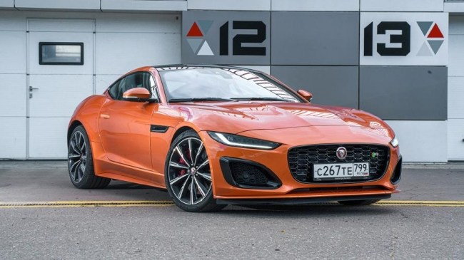 4605 Заводной апельсин: Jaguar F-Type R. Jaguar F-Type Coupe