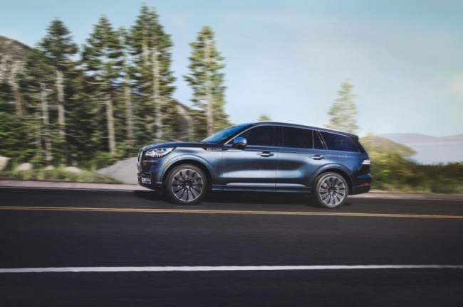 4625 Что привезти? Lincoln Aviator Hybrid. Lincoln Aviator