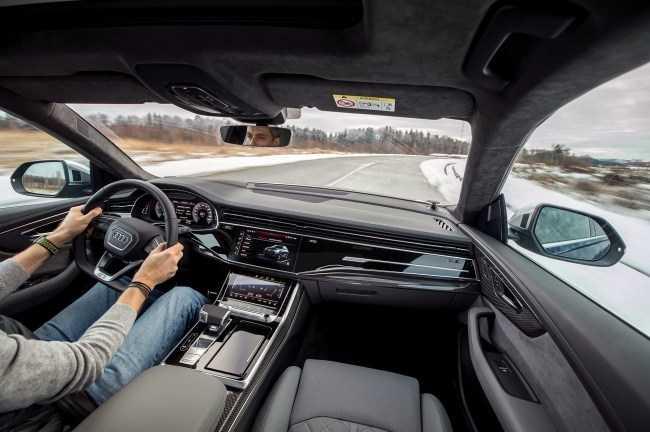 4627 Удваиваем шансы понять супердизель V8 4.0 с Audi SQ7 и SQ8. Audi SQ7 (4M)